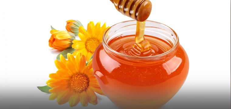 Sweet as Honey: Delicious Indian Desserts (Balushahi and Dry Fruits Milkshake)