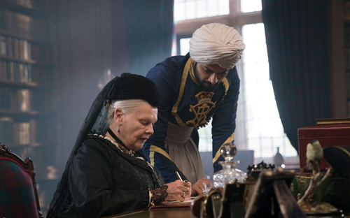 A still from Victoria and Abdul