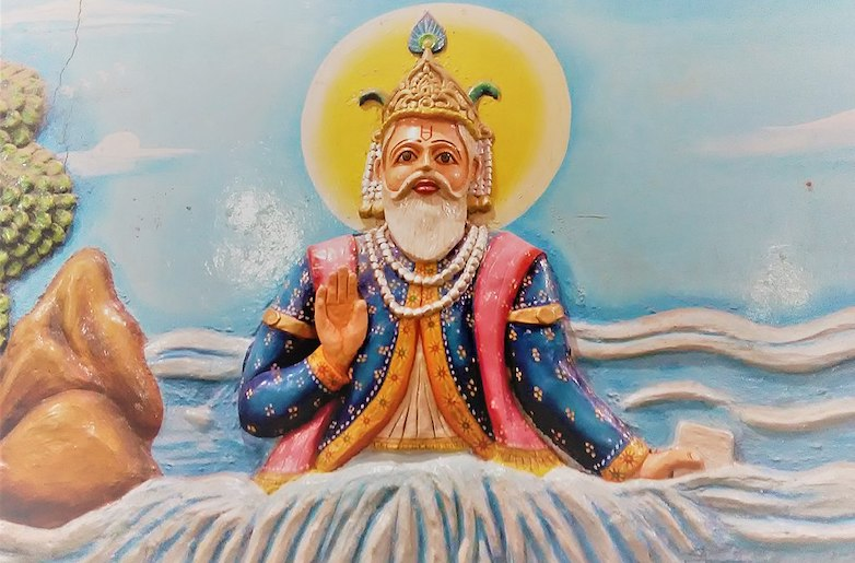 Jhulelal in Jhulelal Mandir situated in Nadiad (Image from Wikimedia Commons and Under Creative Commons License)